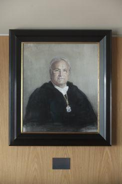 D. Alfredo Martínez Almécija