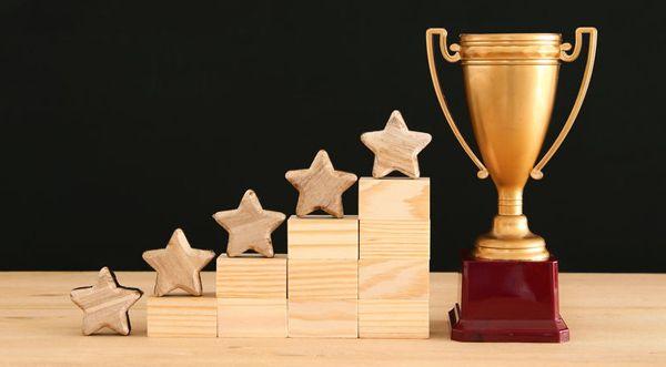 Excelencia y Premios